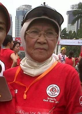 Enny, Nenek 80 Tahun dengan Sederet Juara Lomba Lari