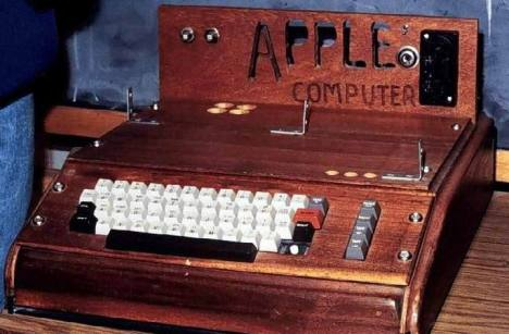 10 Produk Fenomenal Cermin Kesuksesan Steve Jobs - Apple I