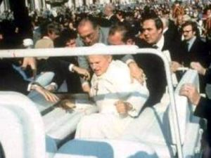 4-Paus Yohanes Paulus II
